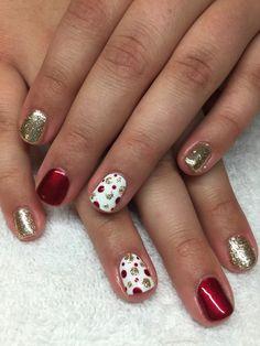 Red and gold polka dot christmas nails christmas nails nails. Red And Gold Nails, Red Nails, Red Gold, Christmas Gel Nails, Holiday Nails, Red Christmas, Fancy Nails, Pretty Nails, Polka Dot Nails