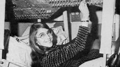Meet Margaret Hamilton, the badass '60s programmer who saved the moon landing - Vox