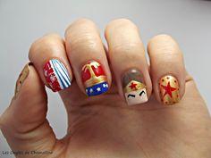Nailstorming SuperNails: WonderWoman