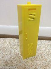 Barbie Doll 1999 Secret Messages  Yellow High School Locker Accessory Furniture