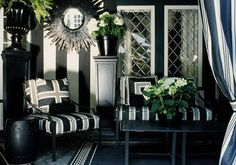 black and white room | these living rooms below and you'll see how cool the black and white ...