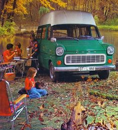 Ford Transit Classic Campers, Ford Classic Cars, Ford Transit Camper, Cool Rvs, Old American Cars, Cool Campers, Vintage Vans, Camping Car, Commercial Vehicle