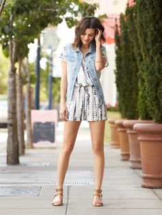 Would like to try a romper. The print of this one is cool and nothing too in your face Stylish Eve Outfits, Cute Outfits, Summer Outfits, Curvy Petite Fashion, Summer Romper, Stitch Fix Stylist, Cute Rompers, Spring Summer Fashion, Spring Style