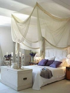 21 Awesome Canopy Beds Interiorforlife.com white canopy bed