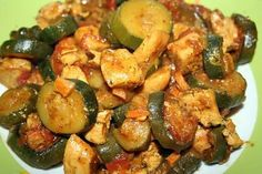 Tagine chicken with zucchini - Poulet aux olives - Hühnerrezepte Diner Recipes, Meat Recipes, Mexican Food Recipes, Chicken Recipes, Cooking Recipes, Healthy Recipes, Ethnic Recipes, African Recipes, Authentic Mexican Recipes