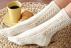 These beautiful knitted socks have a gorgeous lace and cable pattern that gives these socks a lovely flair. Get the FREE knitting pattern NOW . Knitted Socks Free Pattern, Crochet Socks, Knitted Slippers, Knit Socks, Knitting Short Rows, Lace Knitting, Knitting Socks, Fall Knitting Patterns, Knitting Tutorials
