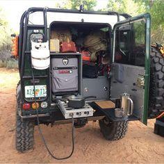 // Cooking Setup - Land Rover Defender