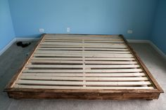 How to make a platform bed. This site is awesome. The guy speaks easy and answers all questions