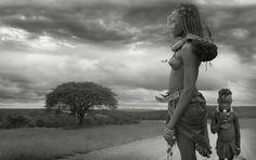 Himbas, photography by Audrey Baschet