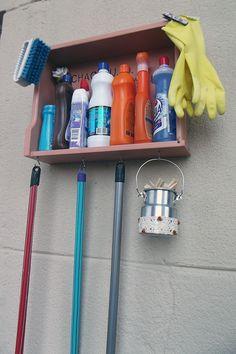 Reaproveite uma gaveta antiga para organizar a lavanderia. #laundry #lavanderia #organização #gaveta #drawer
