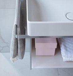 Duravit DuraSquare: Badmöbel, Badewannen, WCs & mehr | Duravit