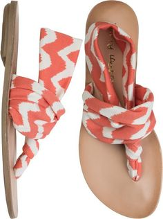 flip flop...tried these kind on. Not as cool as I thought they'd look. Kinda looked like an ace bandage. Not cute.
