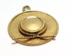 14k Spanish Style Zorro Hat Charm Pendant - Solid Yellow - Gold 3-D - Weight 1.7 Grams - Vintage Keepsake # 3001