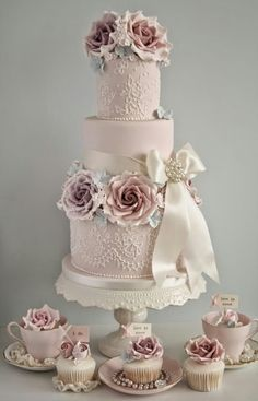 Tartas de boda - Wedding Cake - vintage style pink wedding cake from cotton and crumbs Wedding Cake Roses, Wedding Cakes With Cupcakes, Beautiful Wedding Cakes, Gorgeous Cakes, Pretty Cakes, Rose Wedding, Cupcake Cakes, Party Wedding, Floral Wedding
