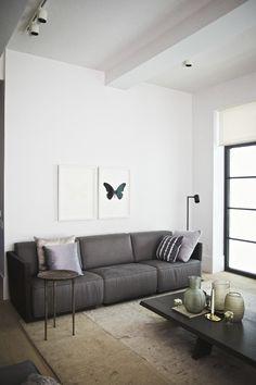 https://i.pinimg.com/236x/cf/0a/d2/cf0ad2395caf43ed8933920c72db9d03--window-curtains-design-interiors.jpg