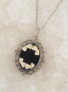 Dyi Necklace, Diamond Bar Necklace, Infinity Necklace, Diamond Pendant, Necklaces, Raw Diamond, Diamond Earrings, Maquillage Halloween, Geometric Jewelry