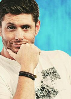Jensen Ackles, That stare  damm he is sexy