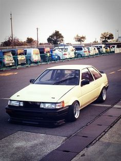 AE86 Levin coupe right side drive.  #JDMLEGENDS