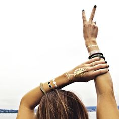 The original gold & silver temporary tattoos worn by Beyonce, Vanessa Hudgens, Alessandra Ambrosio & more. Shop our bestselling jewelry-inspired designs here. Flash Tats, Do It Yourself Jewelry, Metal Tattoo, Festival Fashion, Festival Gear, Coachella Festival, Festival Style, Black Tattoos, Boho Tattoos