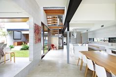 Clayfield House By Richards and Spence