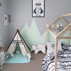 Inspiration from Instagram - Rocky Mountain Wall Decals (@rockymountaindecals) в Instagram: «Bedroom brilliance - A full room shot of this amazing boys room! So happy to spy our Hello Decal in…»