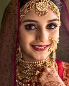 Kerala Brides With Gorgeous South Indian Bride Look – Famous Last Words Indian Wedding Makeup, Indian Wedding Bride, Indian Bridal Outfits, Indian Bridal Fashion, Wedding Blush, Wedding Hijab, Elegant Wedding, Wedding Dresses, Indian Bride Poses