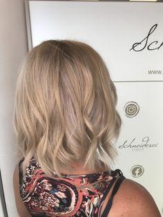 Shine blonde hair Blonde Hair, Curls, Hair Color, Long Hair Styles, Beauty, Shaving Machine, Barbershop, Hairdressers, Dressmaking