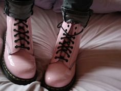 Light pink Docotor Marts