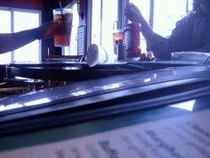 Um almoço com o pessoal de Planning num bar perto do serviço.