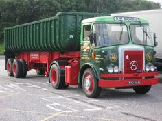 Vintage Trucks, Old Trucks, Pickup Trucks, Ford Classic Cars, Classic Trucks, Old Lorries, Semi Trailer, Classic Motors, Commercial Vehicle