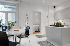 Embracing Scandinavian Simplicity: Cozy-Chic Apartment in Gothenburg