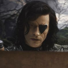 Crispin Glover as Stayne - Knave of Hearts, Alice In Wonderland (2010)