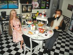 Barbie diorama - Kitchen by Gipaba, via Flickr