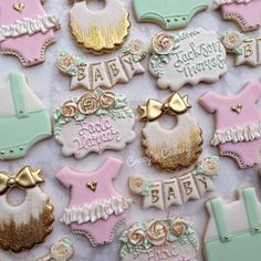 """602 Likes, 12 Comments - Cacey Tacquard (@caceyscakery) on Instagram: """"Baby shower set for a couple not finding out the sex of their baby! #caceyscakery #sugarcookies…"""""""