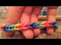Video tutorial fishtail bracelet - under 5 minutes.