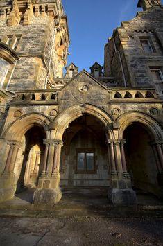 "late 19C ""Stone Cross"" Mansion of Myles Kennedy (miner) Ulverston, Cumbria, UK (abandoned bldg pix  2011-01)"