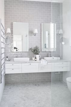 Who doesn't want to have stunning design of the master bathroom? The stunning design can be done not only in a spacious master bathroom but also in a small bathroom. You don't… Continue Reading → Hampton Style Bathrooms, Grey Bathrooms, Bathroom Renos, Laundry In Bathroom, Bathroom Flooring, Bathroom Interior, Bathroom Marble, Laundry Rooms, Vanity Bathroom