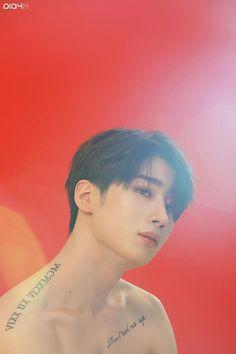 Korean Boys Hot, Korean Men, Korean Actors, Bad Boys, Cute Boys, Pretty Boys, Cool Diy, Kpop, Website Templates