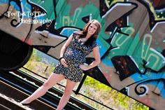 Maternity portraits in the stockyards. Country chic photography by Samantha Hamilton