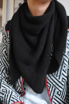 Trendy châle noir baby alpaga Une souris dans mon dressing