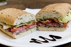 Sanduíche Popeye, com rosbife, pasta de espinafres, tomate, alface e pão de cereais. R$ 17, no Befresh (tel. 11 3078-0558