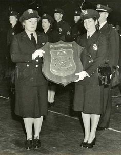 """From NLEOMF.org web site - 1943: New York City Mayor Fiorello La Guardia issued all the female officers a black shoulder bag that had enough room for a holster and a makeup kit and said, """"use the gun as you would your lipstick. Don't overdo either one."""""""