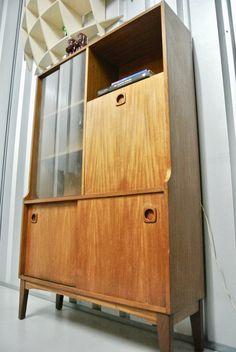 Retro Vintage Mid Century Teak Cocktail Wall Sideboard Storage Unit