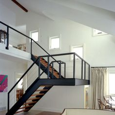 Loft Stairs Metal Floating Staircase Ideas For 2019 Loft Staircase, Floating Staircase, Staircase Design, Staircase Ideas, Stair Design, Spiral Staircases, Steel Stairs Design, Staircase Metal, Loft Railing