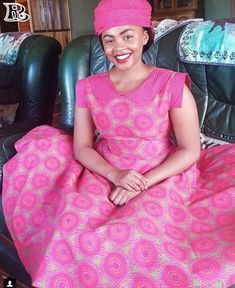 Shweshwe dresses the most fashionable clothing all over Africa - Reny styles African Fashion Traditional, African American Fashion, Latest African Fashion Dresses, African Dresses For Women, African Attire, Latest Fashion, Sotho Traditional Dresses, Traditional Outfits, Traditional Wedding