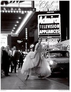 Fashion shot by Rico Puhlmann, Times Square, New York 1960