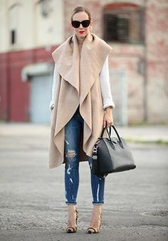 *Zara poncho coat + jeans + pumps