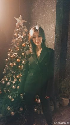 Wonderful Generation: SNSD Yuri delights fans with her gorgeous pictures Kpop Girl Groups, Kpop Girls, My Girl, Cool Girl, Tiffany, Sooyoung Snsd, Kwon Yuri, Famous Girls, Girls Club