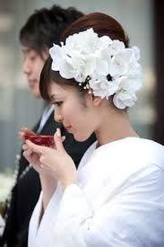 「白無垢 髪型 花」の画像検索結果