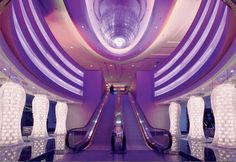 Planet Hollywood Las Vegas an escalator will take the girls to where they need to go